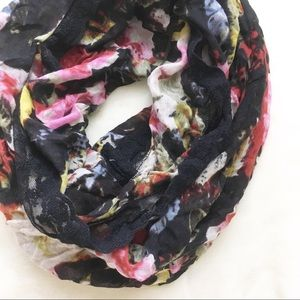 Uo Kimchi Blue Lace Trim Floral Infinity Scarf
